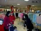 2003 04-19-03 Shopping in Nashua 04